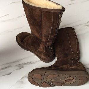 Tall uggs with zipper